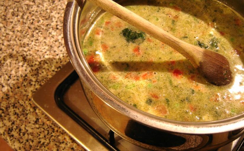 איך להכין מרק מהרכיבים שיש בבית