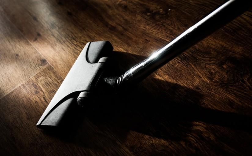 איך לנקות את הבית